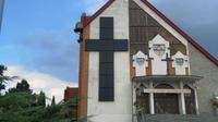 Le curé de cette église polonaise applique une encyclique du pape François.