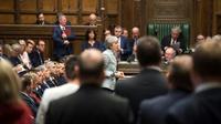 La Première ministre britannique Theresa May (c) au Parlement, le 25 mars 2019 à Londres [Mark DUFFY / UK PARLIAMENT/AFP]