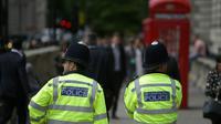 Pour la première fois de son histoire, Scotland Yard va recruter des détectives issus du public et non parmi les policiers, notamment pour faire face aux nouveaux défis de la cyber-criminalité, a annoncé la prestigieuse police londonienne. [Daniel LEAL-OLIVAS / AFP/Archives]