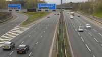 Faire des bords d'autoroutes des cimetières pourrait permettre de régler le problème du manque de places dans les espaces funéraires au Royaume-Uni.