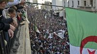 Manifestations à Alger contre l'élection présidentielle organisée par le pouvoir, le 6 décembre 2019 [RYAD KRAMDI                         / AFP]