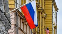 Un drapeau russe à Moscou le 2 avril 2018 [Vasily MAXIMOV  / AFP/Archives]