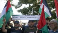 Des Palestiniens manifestent contre la présentation à Bahreïn du volet économique du plan de paix de Washington pour le Proche-Orient, à Gaza, le 24 juin 2019 [MOHAMMED ABED / AFP]