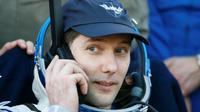L'astronaute français Thomas Pesquet, le 2 juin 2017 après son atterrissage dans la steppe kazakhe [SHAMIL ZHUMATOV / POOL/AFP]