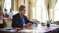 Le président du Conseil constitutionnel Jean-Louis Debré dans son bureau le 1er octobre 2013 à Paris [Eric Feferberg / AFP/Archives]