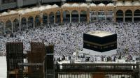 Des milliers de pèlerins musulmans rassemblées dans l'enceinte de la Grande Mosquée, le 9 septembre 2016 à La Mecque, en Arabie Saoudite [AHMAD GHARABLI / AFP]