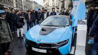 Une BMW hybride présentée au Regent Street Motor Show à Londres, le 4 novembre 2017 [TOLGA AKMEN / AFP]
