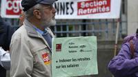 Des retraités manifestent contre la hausse de la CSG, le 28 septembre 2017 à Rennes [DAMIEN MEYER / AFP]
