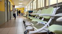 La hausse du forfait hospitalier, prévue dans le budget de la Sécurité sociale pour 2018, devrait rapporter entre 150 et 180 millions d'euros [GUILLAUME SOUVANT / AFP/Archives]
