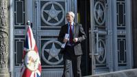 L'ambassadeur britannique Laurie Bristow quitte le ministère des Affaires étrangères russe à Moscou, le 30 mars 2018 [Vasily MAXIMOV  / AFP]
