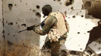 Un membre des forces loyales au gouvernement d'unionlibyen, près de Benghazi en Libye le 19 avril 2016 [ABDULLAH DOMA / AFP/Archives]