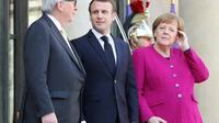 Le président de la Commission européenne Jean-Claude Juncker, le président français Emmanuel Macron et la chancelière allemande Angela Merkel à Paris le 26 mars 2019 [ludovic MARIN / AFP/Archives]