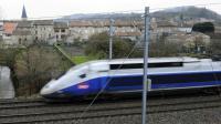 La SNCF a investi 100 millions d'euros pour équiper 300 rames TGV en wifi d'ici fin 2017 [JEAN-CHRISTOPHE VERHAEGEN / AFP/Archives]