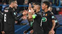 Dimitri Payet (c) célebre son but, le troisième de Marseille contre Granville, avec ses partenaires à Caen en 16es de finale de la Coupe de France le 17 janvier 2020 [DAMIEN MEYER / AFP/Archives]