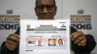 Le second tour de l'élection présidentielle au Pérou pourrait sceller dimanche le retour au pouvoir du clan d'Alberto Fujimori, ex-chef de l'Etat incarcéré pour crime contre l'humanité et dont la fille, Keiko, est favorite du scrutin [Ernesto Benavides  / AFP]