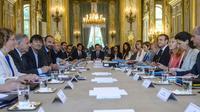 Le conseil des ministres autour du président Emmanuel Macron, le 22 juin 2017 [Christophe Petit-Tesson / POOL/AFP/Archives]