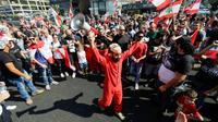 Manifestation à Zouk Mikael, au nord de Beyrouth, contre la classe politique accusée de corruption, le 19 octobre 2019  [JOSEPH EID / AFP]