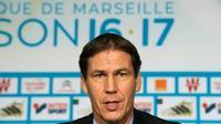 Le nouvel entraîneur de l'Olympique de Marseille, Rudi Garcia, le 21 octobre 2016 à Marseille [BERTRAND LANGLOIS / AFP]
