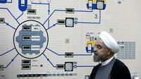 Le président iranien Hassan Rohani lors d'une visite de la centrale électrique nucléaire de Bouchehr, en Iran, le 13 janvier 2015 [MOHAMMAD BERNO / Iranian Presidency/AFP/Archives]