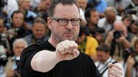 """Le réalisateur danois Lars von Trier lors de la présentation au Festival de Cannes de son film  """"Melancholia"""" le 18 mai 2011 [FRANCOIS GUILLOT / AFP/Archives]"""