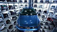 La nouvelle e-Golf exposée le 28 avril 2016 à l'usine Volkswagen de Wolfsburg en Allemagne  [RONNY HARTMANN / AFP/Archives]