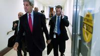 Le secrétaire d'Etat américain John Kerry quitte le Capitole à l'issue d'une réunion sur la Syrie, le 27 octobre 2015 à Washington [Chip Somodevilla / Getty/AFP]