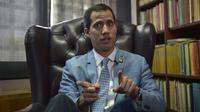 L'opposant Juan Guaido, autoproclamé président par intérim du Venezuela, donne un entretien exclusif à l'AFP à Caracas, le 8 février 2019 [YURI CORTEZ / AFP]