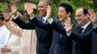 Barack Obama entre Idriss Deby Itno,  Shinzo Abe et François Hollande lors du G7 le 27 mai 2016 à Shima [JIM WATSON / AFP]