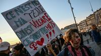 Une femme manifeste le 8 mars 2019 à Marseille à l'occasion de la journée des droits des femmes  [Christophe SIMON / AFP/Archives]