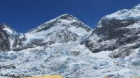 Photo prise le 18 avril 2014 de l'avalanche qui a tué 16 sherpas sur l'Everest [Robert Kay / AFP/Archives]