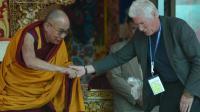 Le Dalaï Lama (g) et l'acteur américain Richard Gere lors du 79e anniversaire de Choglamsar, près de Leh, dans l'Himalaya le 6 juillet 2014  [ / AFP]