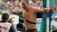 Le lanceur de disque allemand Robert Harting, sacré champion du monde à Moscou, le 13 août 2013 [Antonin Thuillier / AFP]