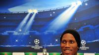 L'attaquant de Galatasaray Didier Drogba lors d'une conférence de presse le 17 mars 2014 à Londres, à la veille du match de Ligue des champions contre Chelsea [Glyn Kirk / AFP]