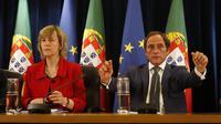 La ministre portugaise des Finances Maria Luis Albuquerque (g)  et le vice-Premier ministre Paulo Portas à Lisbonne le 2 mai 2014 [Jose Manuel Ribeiro / AFP]