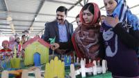 La jeune militante pakistanaise, Malala Yousafzai (c)lors d'une visite dans le camp de Zaatari en Jordanie, le 19 février 2014  [- / AFP]