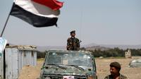 Des soldats yéménites à un poste de contrôle à l'extérieur de la capitale Sanaa, le 25 mai 2014 [Mohammed Huwais / AFP/Archives]