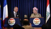 Le ministre français des Affaires étrangères Laurent Fabius (g) et le président du Kurdistan irakien Massoud Barzani lors d'une conférence de presse conjointe, le 10 août 2014 à Erbil [Safin Hamed / AFP]
