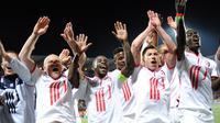 Les Lillois, vainqueurs de Lorient, fêtent leur 3e place de Ligue 1, le 17 mai 2014à Lorient [Jean-Sébastien Evrard / AFP]