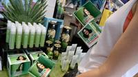 Des accessoires érotiques biologiques sont en vente dans un magasin, le 2 août 2013 à Paris [Bertrand Guay / AFP]