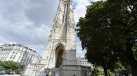 La tour Saint-Jacques, à Paris, le 8 août 2013 [Miguel Medina / AFP]