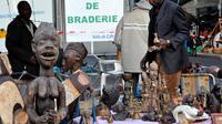 Un stand de la braderie le 1er septembre 2012 à Lille.