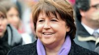 """La maire de Lille, Martine Aubry, au marché de Noël de """"sa"""" ville, le 23 novembre 2013 [Philippe Huguen / AFP/Archives]"""