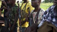 Des miliciens anti-balaka à Bangui le 17 décembre 2013 [Ivan Lieman / AFP]
