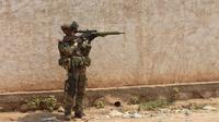 Un soldat français de l'opération Sangaris en patrouille à Bangui le 22 décembre 2013 [Miguel Medina / AFP/Archives]
