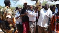 Funérailles du député somalien Abdiaziz Isak, dont l'assassinat a été revendiqué par les miliciens islamistes Shebab, le 22 avril 2014 à Mogadiscio [Mohamed Abdiwahab / AFP]