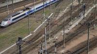 Un TGV à Paris le 24 avril 2014 [Joël Saget / AFP/Archives]