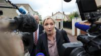 Marine Le Pen à son arrivée à une réunion des cadres du FN, le 26 mai 2014 à Nanterre [Stéphane de Sakutin / AFP]
