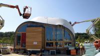 L'un des prototypes de maison dont le soleil est la seule source d'énergie, présenté le 24 juin 2014 par des étudiants dans le cadre d'une compétition universitaire internationale Solar Decathlon, à Versailles qui sera inaugurée le 27 juin 2014 [Bertrand Guay / AFP]