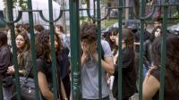 Des élèves réagissent au vu des résultats du bac au lycée Claude Monet à Paris, le 4 juillet 2014 [Fred Dufour / AFP/Archives]