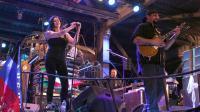 L'acteur Steven Seagal (d) en concert à Sébastopol, en Crimée, le 10 août 2014  [Iouri Lachov / AFP]